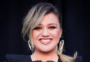 Kelly Clarkson Got Mistaken for a Seat Filler at the ACM Awards