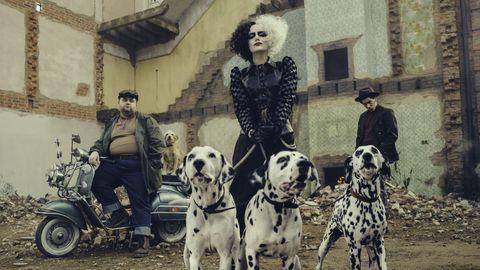 Here's the First Look at Emma Stone as Cruella De Vil
