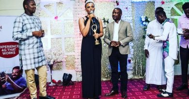 Face Of Amity Queen Ndubuisi Mercy Honoured With ApexAchievers Award In Abuja