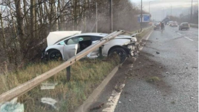 Man Utd Goalkeeper Escapes Car Crash Unhurt