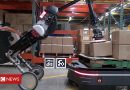Click News: Warehouse robots work together in trial