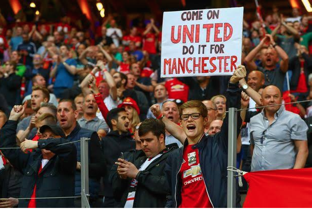 Man Utd To Offer Refunds, Season Ticket Delay To Fans