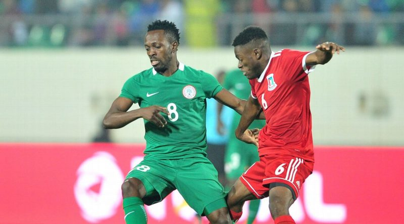 Gernot Rohr does pick Nigerian domestic players, actually, and they benefit from it