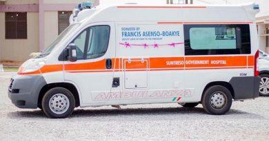 Asenso-Boakye Donates Ambulance, Other Medical Items To Suntreso Gov't Hospital
