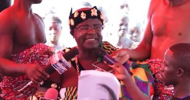 Jaman South Municipality Receives PPEs From Paramount Chief