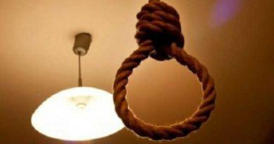 E/R: Two Men Commit Suicide