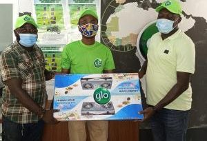Glo Mobile Presents Prizes To More Winners In Three Regions