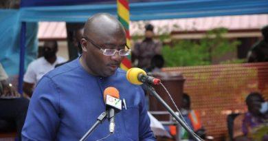 Bawumia Cuts Sod Cor Construction Of $100 million Accra-Tema Beach Road Improvement Project