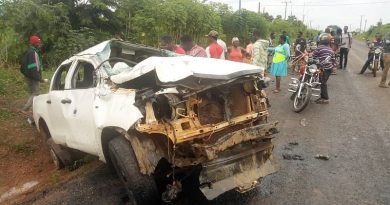 How Residents, Eye Witnesses Ignored Accident Victims, Stole GH₵500,000 Fom Bullion Van