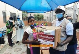 Kumasi: Street Children Project Donates Food Items To Over 200 Street Children