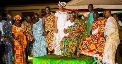 Mahama Installed As Development Chief Of Apesika