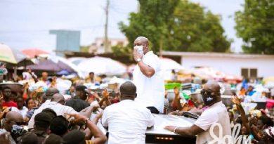 Wa Residents Give Mahama Ecstatic Welcome