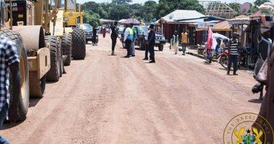 Akufo-Addo Commissions 64km Kete Krachi-Dodiokope Road; Inspects 15km Kete Krachi Town Roads