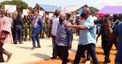 Akufo-Addo Promises Bridge Over Oti River