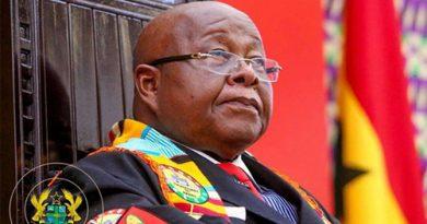 UEW Postpones Speaker's Honorary Award
