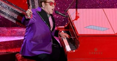 Who Is <i>The Masked Singer</i>'s Pink Crocodile?