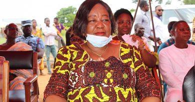 Hon. Elizabeth Agyeman wins overall best farmer