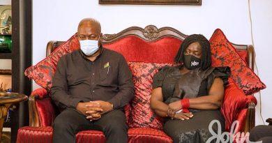 PHOTOS: Mahama, NDC Visit Family Of Rawlings