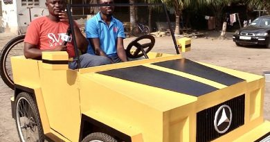 JHS leaver makes a paddle car from wood