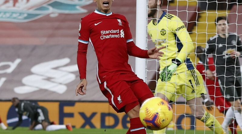 Man United, Liverpool share points in 0-0 draw