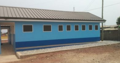 WaterAid handover GH¢800,000 composite toilet facility to La Wireless Schools