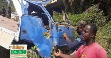 3 mourners, fire man die in fatal accident