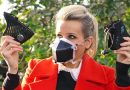 'Smart' face masks promise high-tech protection