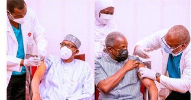 Buhari, Osinbajo take first AstraZeneca COVID-19 vaccine Jabs