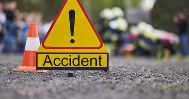E/R: 61-year-old Woman, motor rider die in a fatal accident