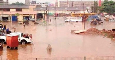 Kumasi flooded after 20minutes rain