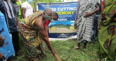 Kumasi Rotary Club comes to the aid of Sawua Community