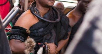 Kwahu chief to lead demo over poor roads