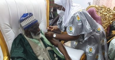 National Chief Imam, two wives take Covid-19 jab, says 'COVID-19 vaccine is God's solution to the pandemic'