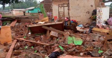 Ahafo: Heavy downpour displaces 70 residents at Dwenase