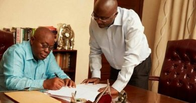 Akufo-Addo cancels his salary increment, Bawumia and all appointees for 2021