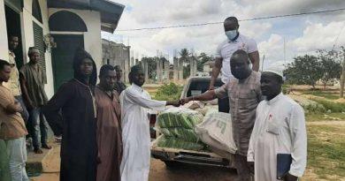 Nzema East MCE donates to Muslims towards Eid-ul-Fitr celebration
